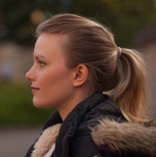 louisa-corr-side-profile-picture-serious